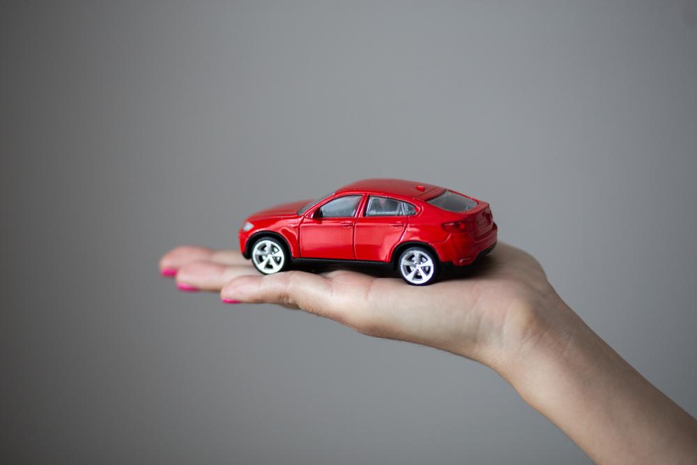 """<span class=""""title"""">カーラッピングで痛車を作りたい!自動車保険には入れる?</span>"""